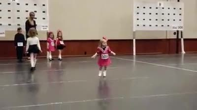 Irish Music Starts To Play When Littlest Dancer Rushes Out To Debut Moves Melting Everyone's Heart