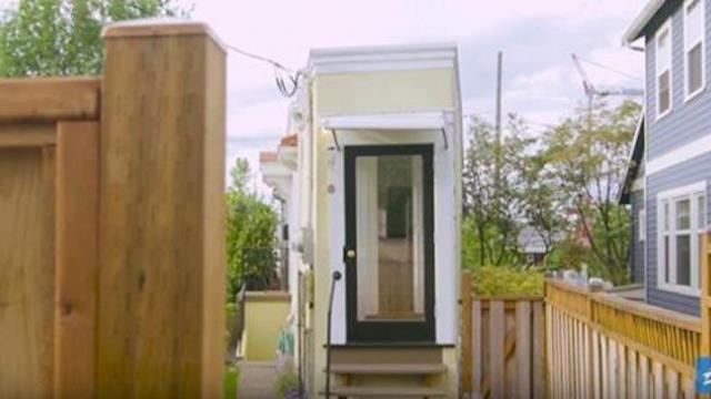 Scorned divorcee builds 4-foot wide house to get revenge on greedy