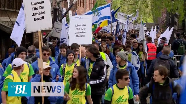 10,000 march to remember Holocaust victims