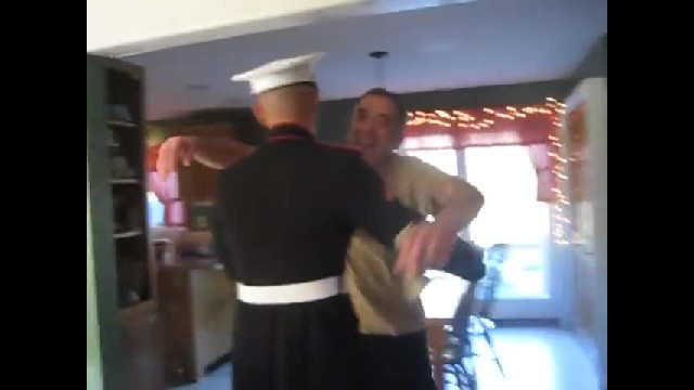U.S. Marine Surprises Parents on Thanksgiving Day 2012