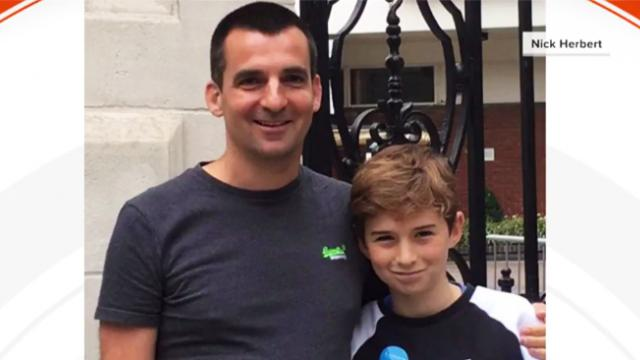 Dad's invention makes it impossible for teen to ignore parent's texts