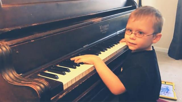6-year-old blind pianist defies all odds and performs 'Bohemian Rhapsody'