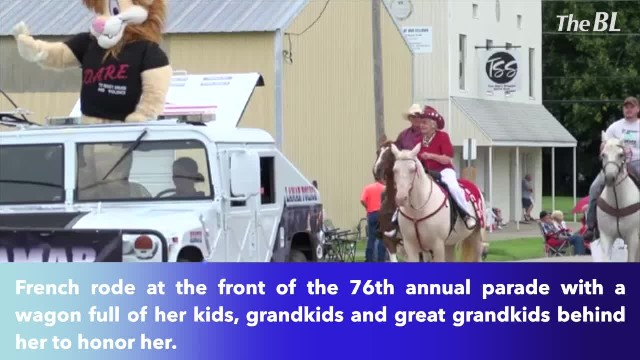 100-year-old 'Grammy' rides horse as Grand Marshall in Lamar Parade in Missouri