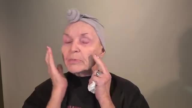 78-Year-Old Gives Herself Sultry Makeover And Turns Heads Looking Decades Younger