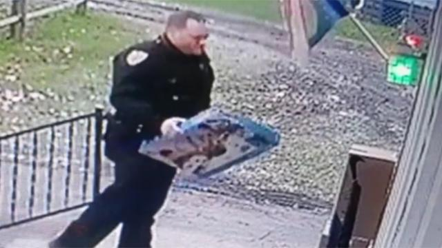 Officer uses own money to buy little boy new toy after thieves steal package off porch