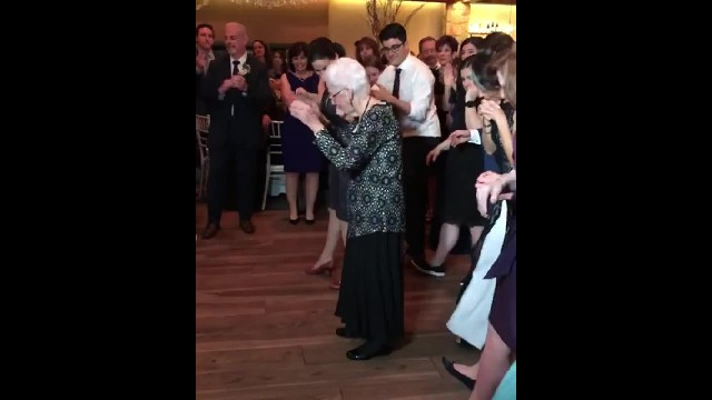"96-yr-old ""Dancing Nana"" steals spotlight at family wedding with adorable moves."