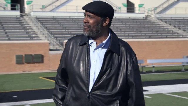 Joe Greene reunites with original Coca-Cola kid forty years after famous ad