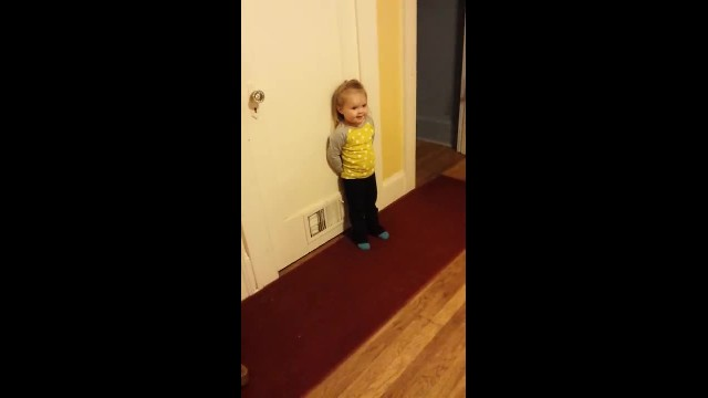 Tiny little girl interrupts dancer and goes viral with adorable moves