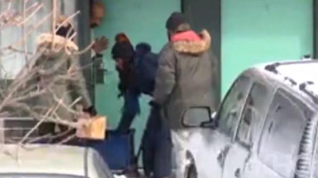 Ellen gifts $50k to woman who rented hotel rooms for the homeless during Chicago freeze