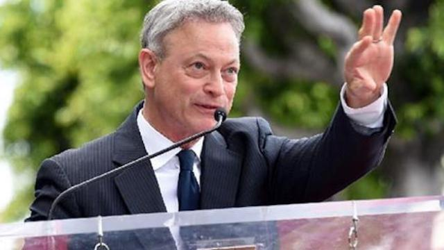 Gary Sinise continues incredible dedication to US military with free concert to honor the troops