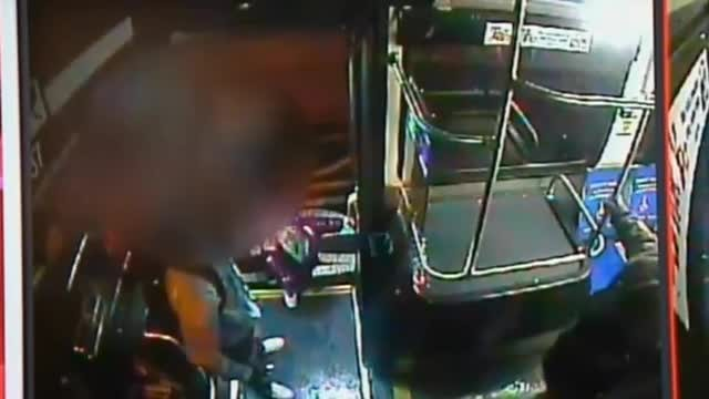 Shivering toddler boards bus alone at night for slushie - Rumble