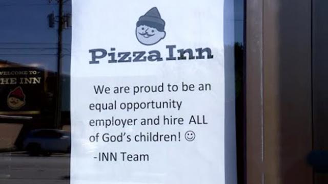 Rude customer wants warning on door about special needs employee. Owner's sign has internet applaudi