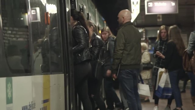 Man's Infectious Laughter on Subway Creates a Shocking Domino Effect