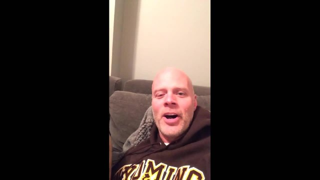 Dad Sings A Christmas Song And His Bullmastiff Is Not Impressed