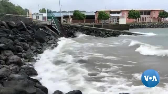 Cyclone Kenneth Heads for Mozambique