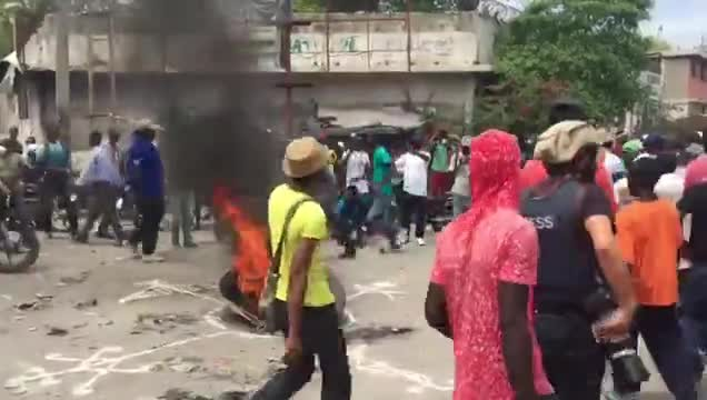 Haiti Anti-Corruption Protesters Demand President's Resignation