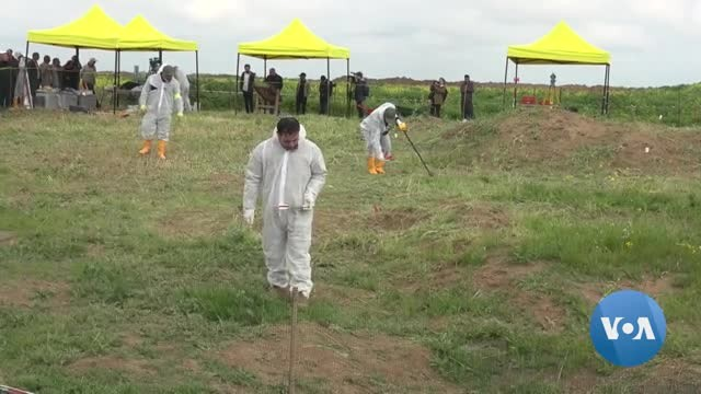 Roughly 30 Yazidi Bodies Exhumed in Iraq